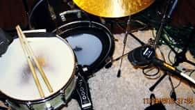 Microphone Behind Kit
